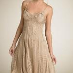 bej renkli askılı örgü yazlık elbise modeli