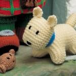 beyaz sevimli örgü köpek modeli