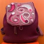 bordo renkli üzeri işlemeli örgü sırt çantası modeli