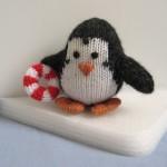 denize giren örgü penguen modeli