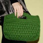 portföy şeklinde yeşil örgü kitap çantası modeli
