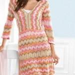 rengarenk örülmüş yazlık örgü elbise modeli