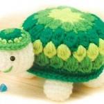 sevimli örgü yeşil kaplumbağa modeli
