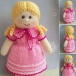 örgü pembe elbiseli kız