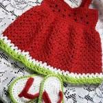 kırmızı askılı elbise be sandalet