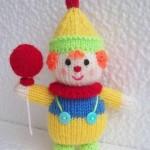 kırmızı balonlu örgü çocuk