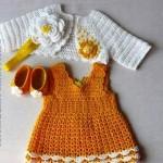sarı elbise beyaz yelek örgü kız kıyafeti