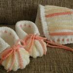 turuncu krem karpuz dilimi bebek patiği ve şapkası