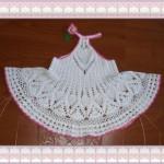 beyaz pembe biyeli örgü elbise