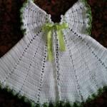 beyaz yeşil biyeli örgü elbise