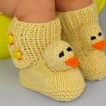 sarı civciv işlemeli örgü çorap