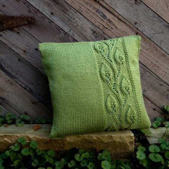 Yaprak desen şiş işi yeşil yastık modeli