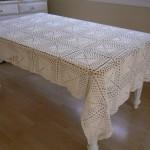 basit motifli masa örtüleri