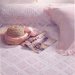 dolgulu motifli dantel yatak örtüsü modeli