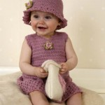 kız çocuk pembe örgü şapka ve kolsuz elbise  modelleri yapılışı
