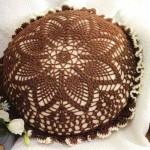 kehverengi ananas örnek yuvarlak yastıklar