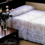 motifli dantel yatak örtüsü modeli