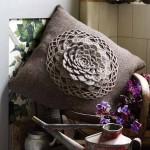 motifli yastık modeli