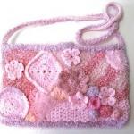 pembe süslemeli çocuk çantası