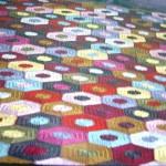 rengarenk motifli kilim örneği